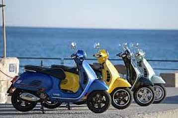 Room with view and tour by Italian Vespa